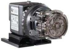 Stenner pump 17 gpd Hiprs w/1/4 Kit 220v